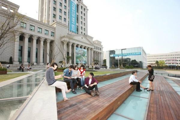 Học bổng Đại học Ngoại ngữ Hankuk