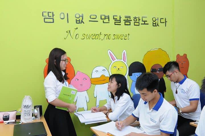 Lớp học tiếng Hàn vui nhộn tại Thanh Giang