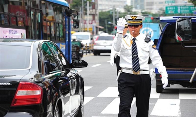 Luật giao thông xử phạt rất khắt khe